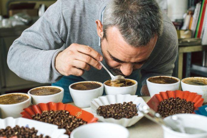 Michele Anedotti - i segreti di un buon caffè ... | CPU shop Caffè & Caffè Corsini